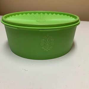 Vintage Tupperware green Canister/container